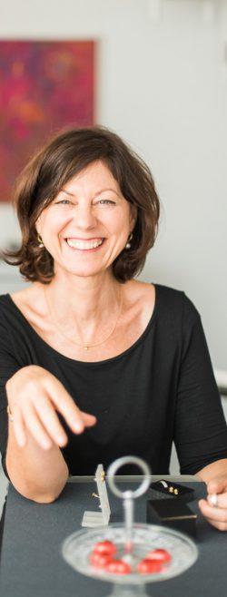 Ulrike-Pretzel-Schmuckwerkstatt-Goldschmied-Portrait-1